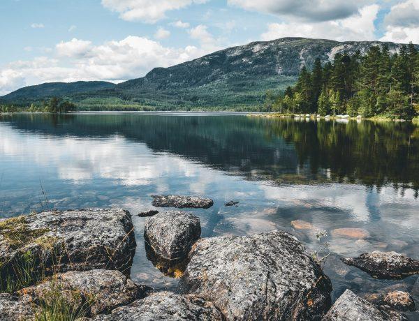 jezioro w okolicy Oslo