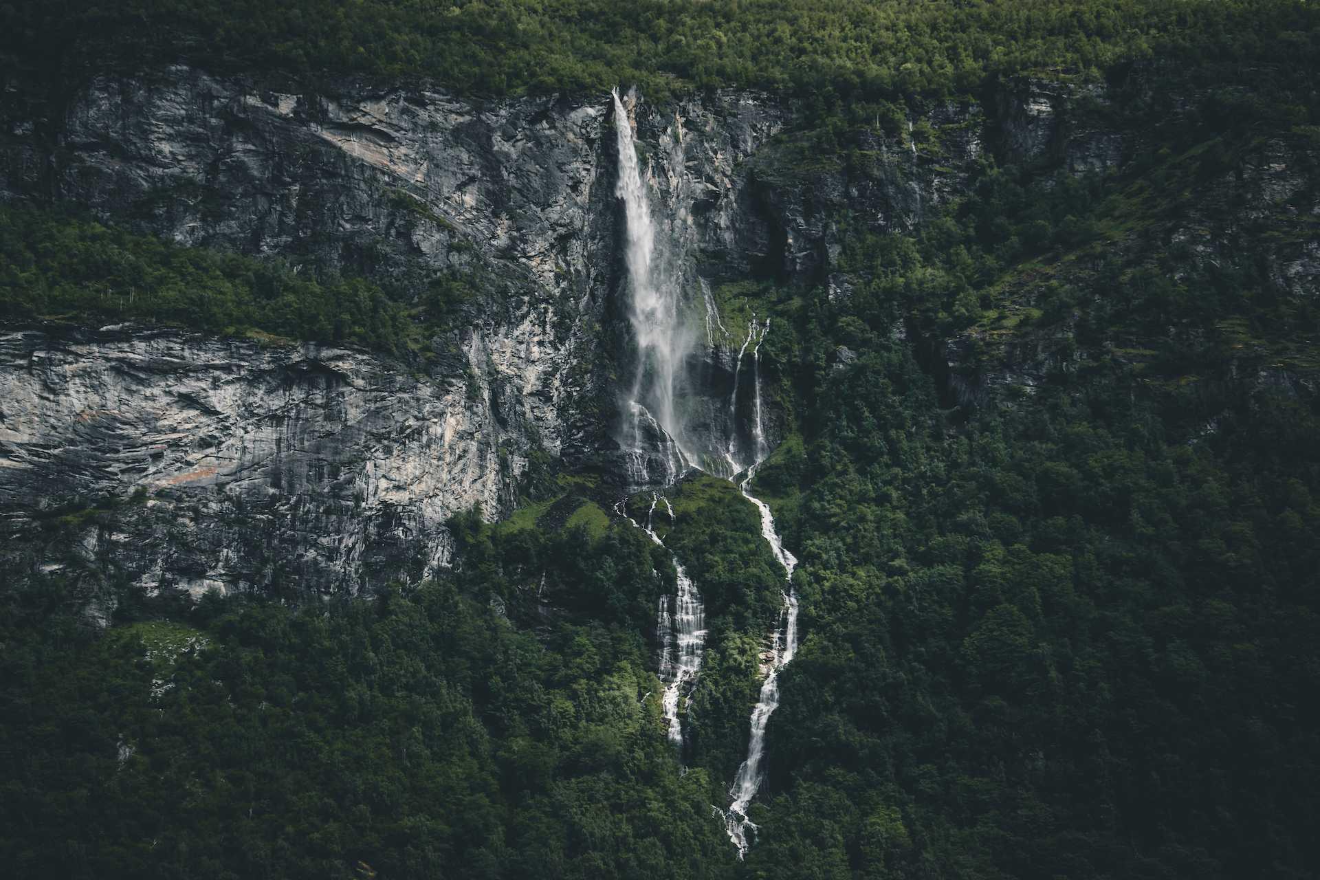 norweskie wodospady