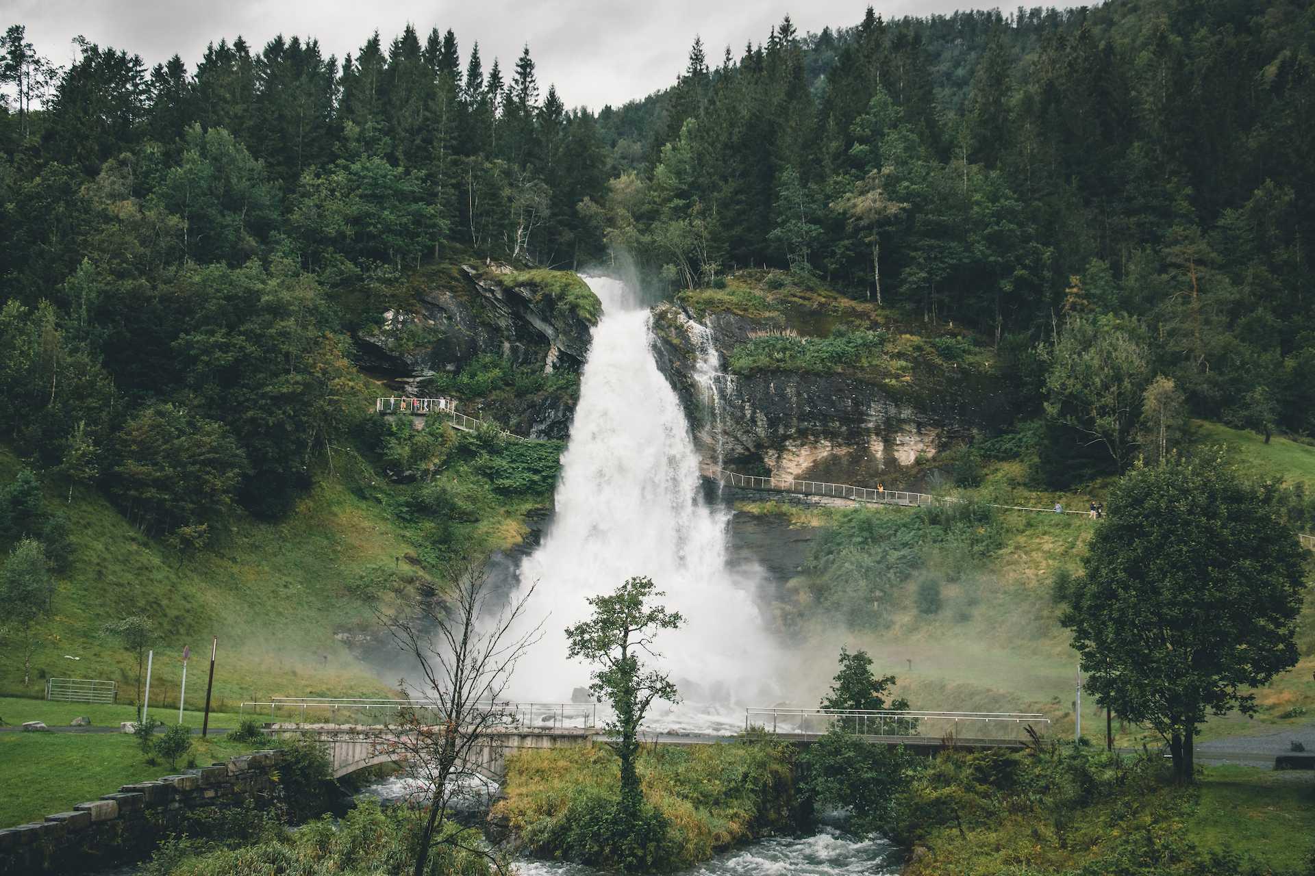 Steinsdalsfossen Norwegia