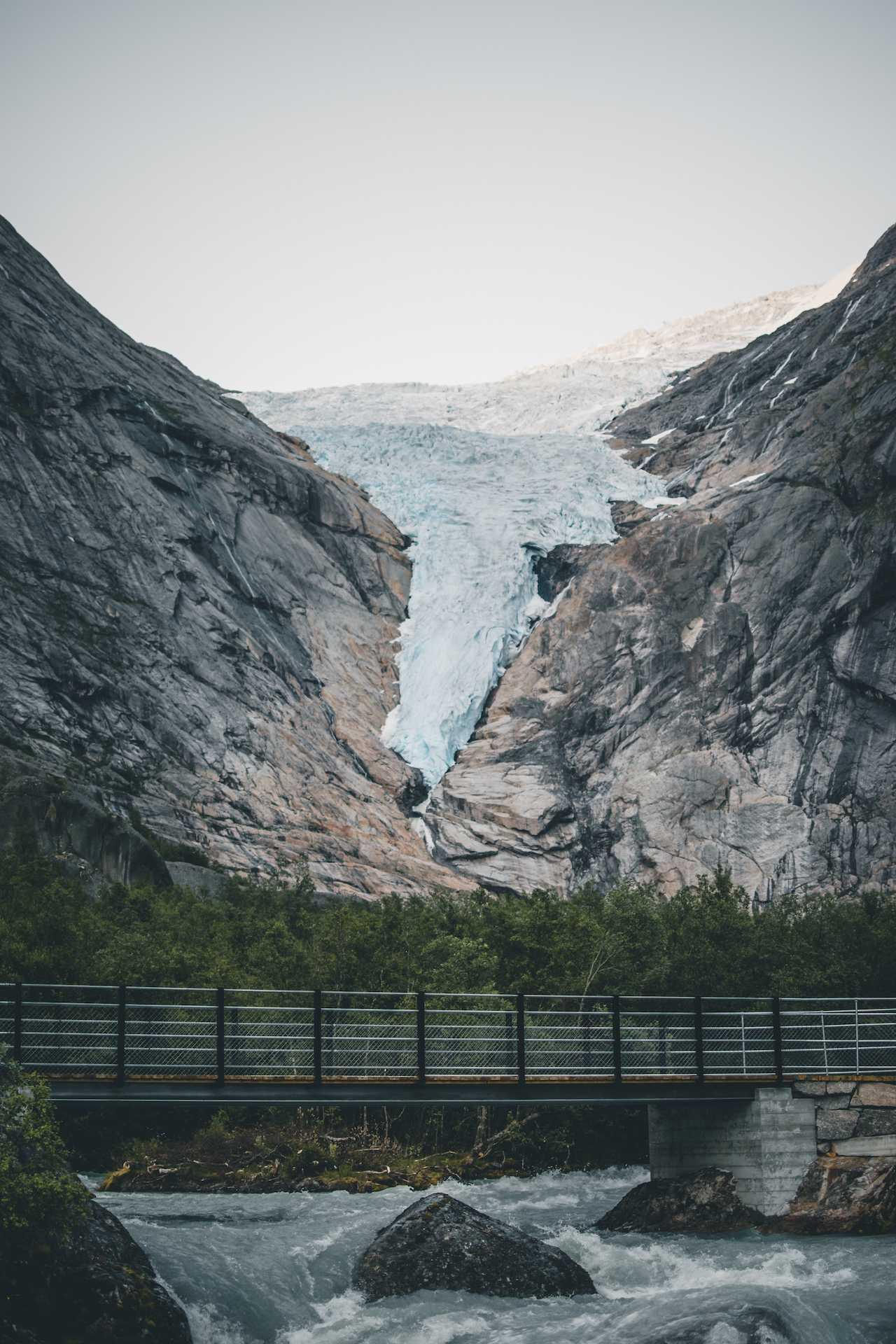 lodowiec Briksdalsbreen