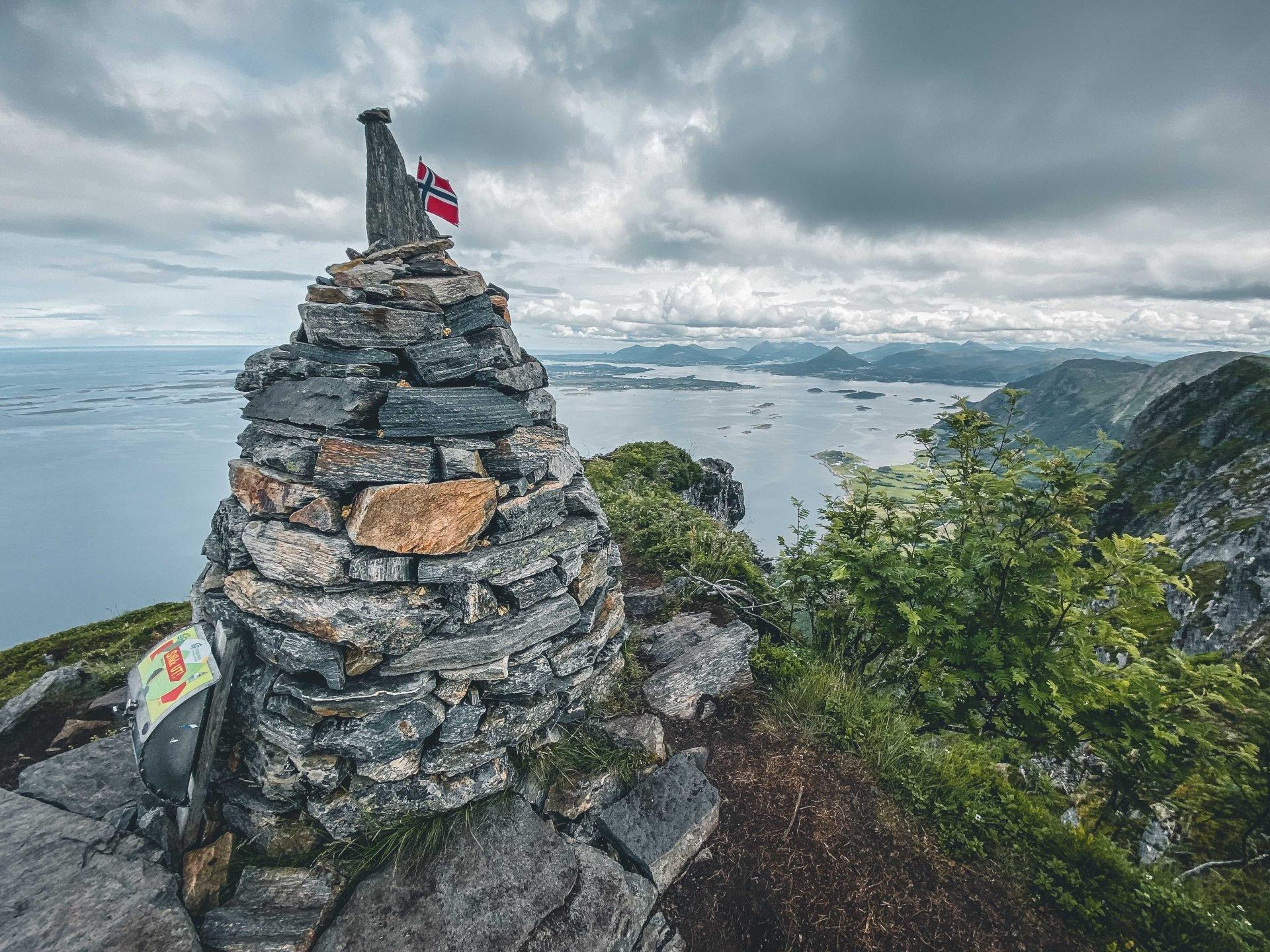 szczyt Rørsethornet