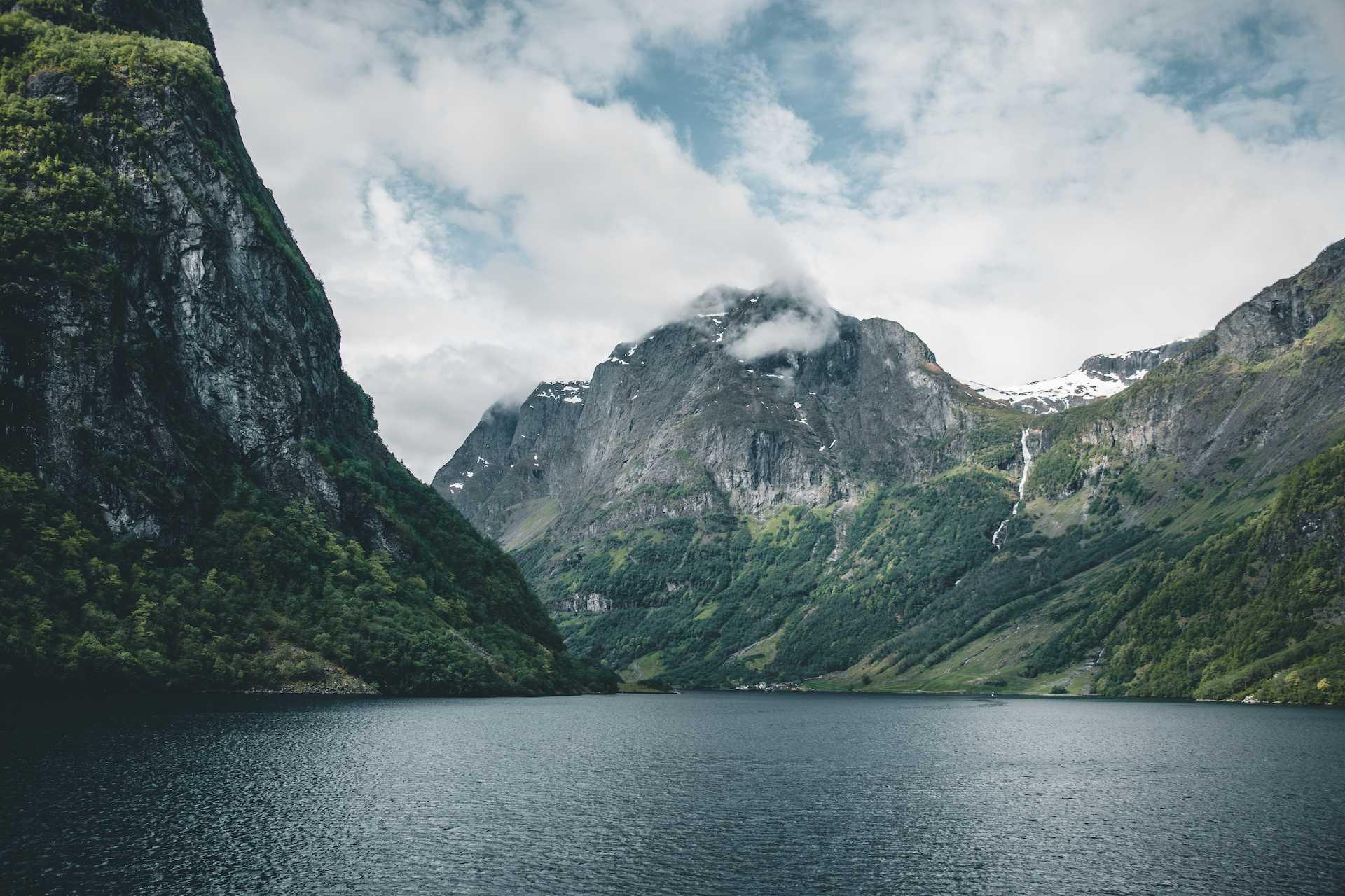 fiordy norwegia