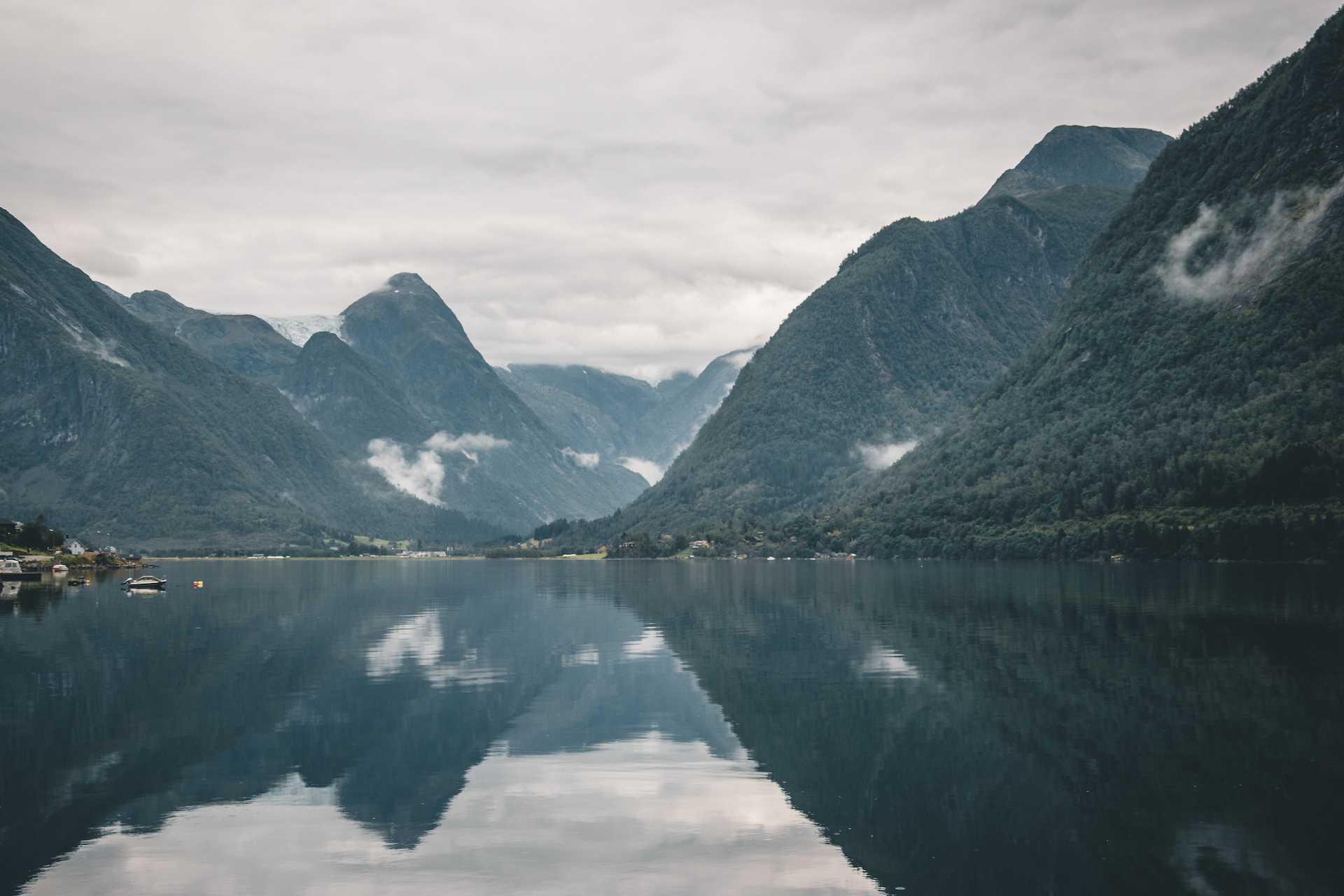 Fjærlandfjord norwegia